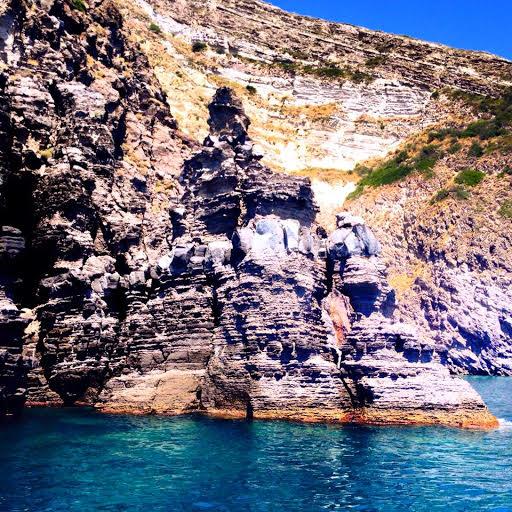Ischia escursioni in barca giro dell'isola pranzo e bagno 3